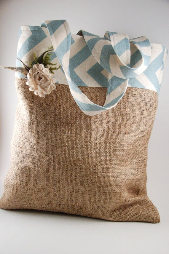 Chevron and Burlap bag - making this!!!Diy Burlap Purse, Burlap Totes, Grocery Bags, Totes Bags, Blue Chevron, Burlap Bags, Sewing Ideas, Chevron Burlap, Bridesmaid Gift