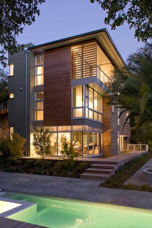 Built for Those Beautiful California Views: 321 House by Gould Evans