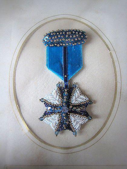 Брошь B12004 - авторские украшения,брошь,орден,ручная вышивка,Вышивка бисером