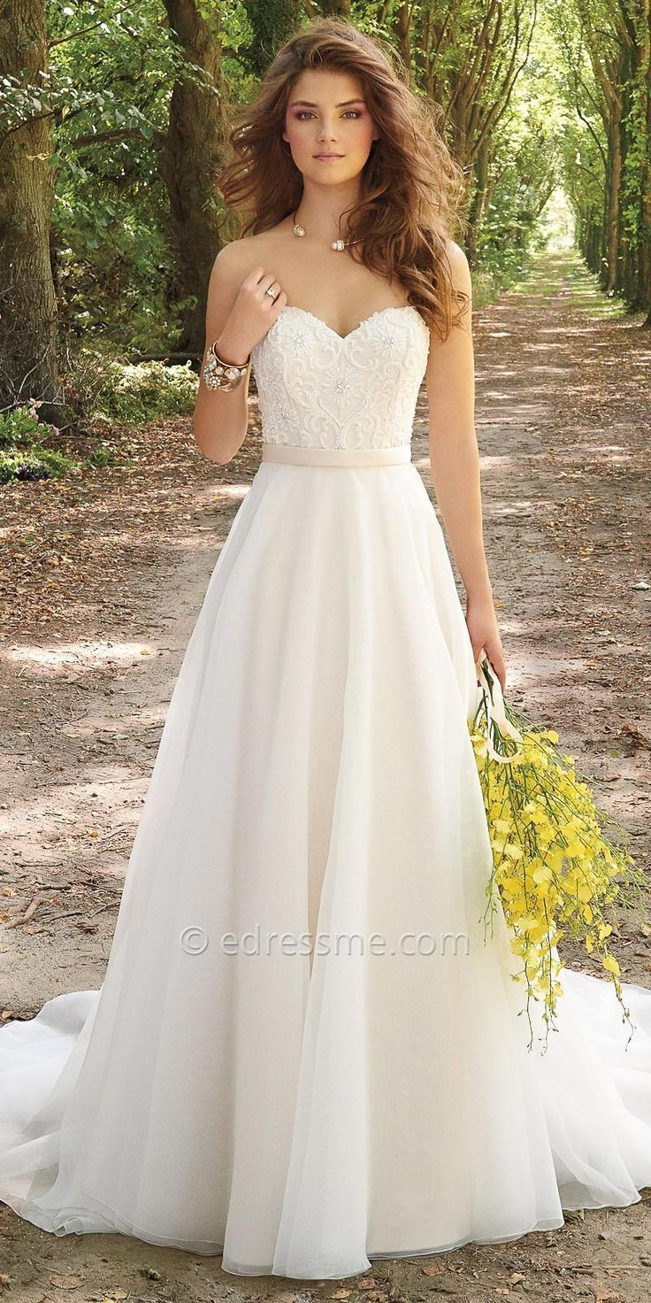 Simple awesome Corset Organza Wedding Dress By Camille La Vie duratan weddi