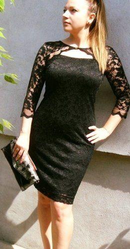 Csipke ruhák Fekete L