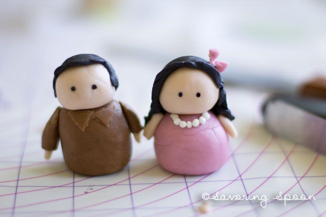 Easy instructions for making fondant people cake toppers.
