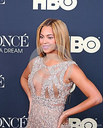 """Singer and pop icon Beyonce Knowles arrives on the red carpet for the New York premiere of the revealing behind-the-scenes film, """"Beyonce:  Life is but a Dream,"""" at the Ziegfeld Theatre on February 12, 2013. #Beyonce"""