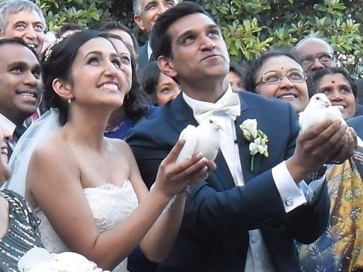 White Diamond doves wedding dove release Sydney. Whitediamonddoves.com.au