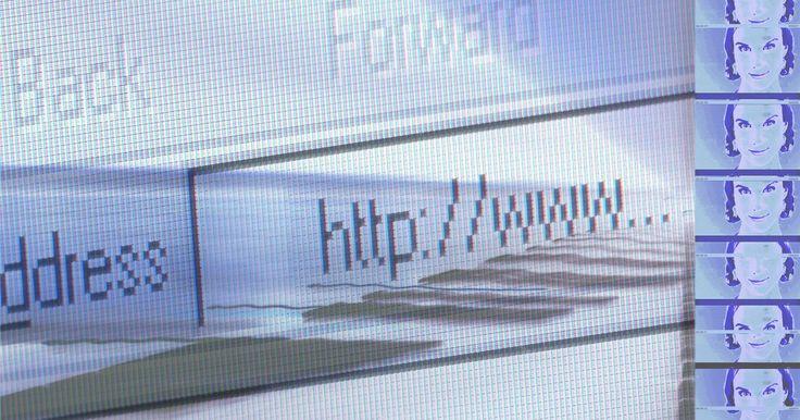 Cómo crear una página web sin conexión. Los diseñadores web suelen tener la necesidad de crear páginas sin conexión con el fin de continuar el trabajo cuando no tienen una conexión a Internet disponible. Al trabajar en una página sin conexión, puedes poner a prueba nuevos conceptos antes de subirla a Internet, evitando así cualquier pérdida de tráfico web. Además, un sitio web sin ...