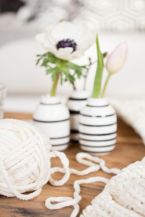 Amalie loves Denmark: Ein neues Strickprojekt am Start - wieder eine (Sommer-)Wolldecke #knitting #flowers #kähler_design