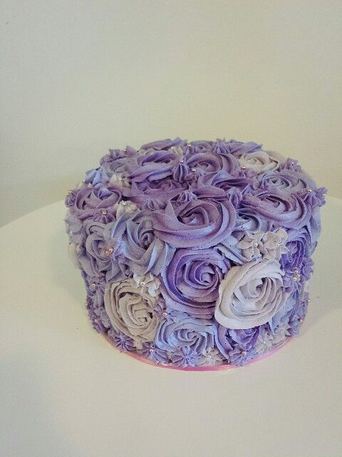 first attempt of homemade rosette purple/violet cake using buttercake