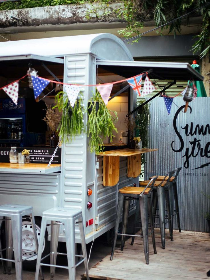 Ari always has its finger on the pulse when it comes to dining trends, and its latest alfresco eatery, Summer Street, is no exception.
