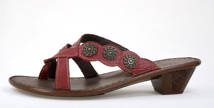 Tsonga Iyeka Cayak - Valentino Genuine Leather Slip on Sandal.  R 879. Handcrafted in South Africa.  Code: TLN0019 016 See online shopping for sizes. Shop online https://www.thewhatnotshoes.co.za Free delivery within South Africa.