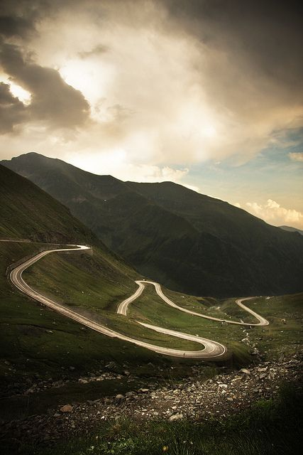 Just drive. Transfăgărăşan road in Romania // by Mighty Maik