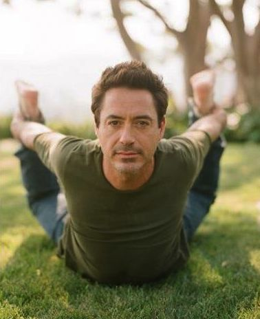 Robert Downey Jr. yoga celebrity robertdowneyjr peace calm namaste pose