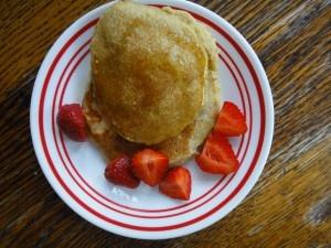 1 ¼ oatmeal flour ½ cup milk 1 tsp baking powder 1 tsp coconut oil 3 mashed bananas