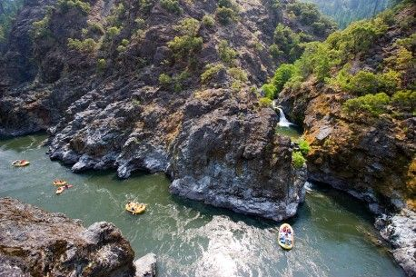 Paddle through the hydraulics of Mule Creek Canyon on the Rogue River