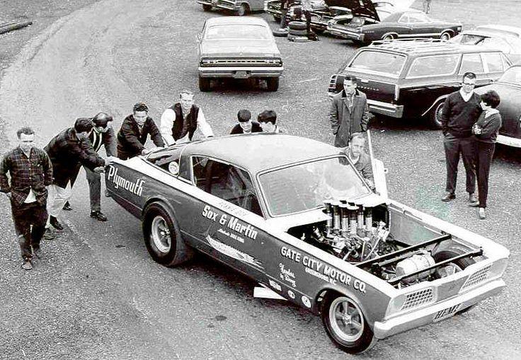 Vintage Drag Race Photos 18