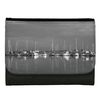 porte-feuille photo noir et blanc, bateaux