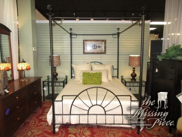 Queen sized metal canopy bed in black. Excellent choice for a teen's room or a guestroom. At posting, there are two matching nightstands. Great price as well!  Arrived: Monday January 2nd, 2017