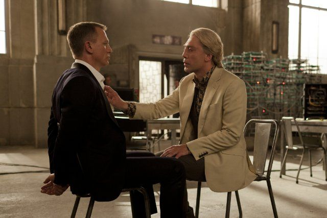 Daniel Craig & Javier Bardem - Skyfall (2012)