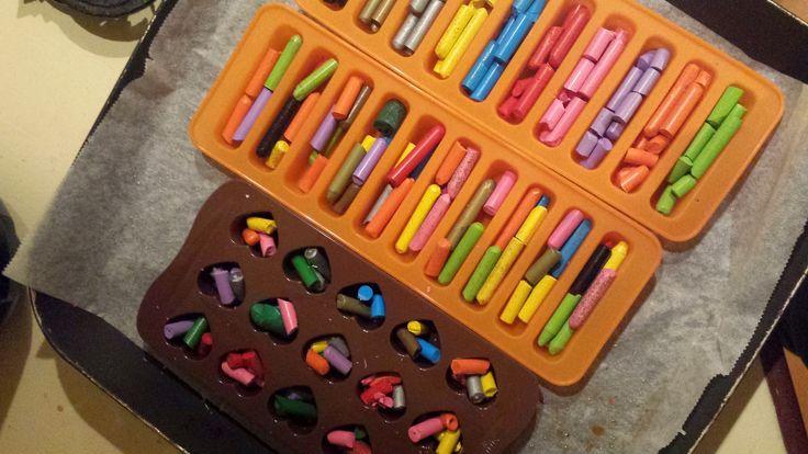 MaestraViaggiatrice: Ricicliamo i pastelli a cera.