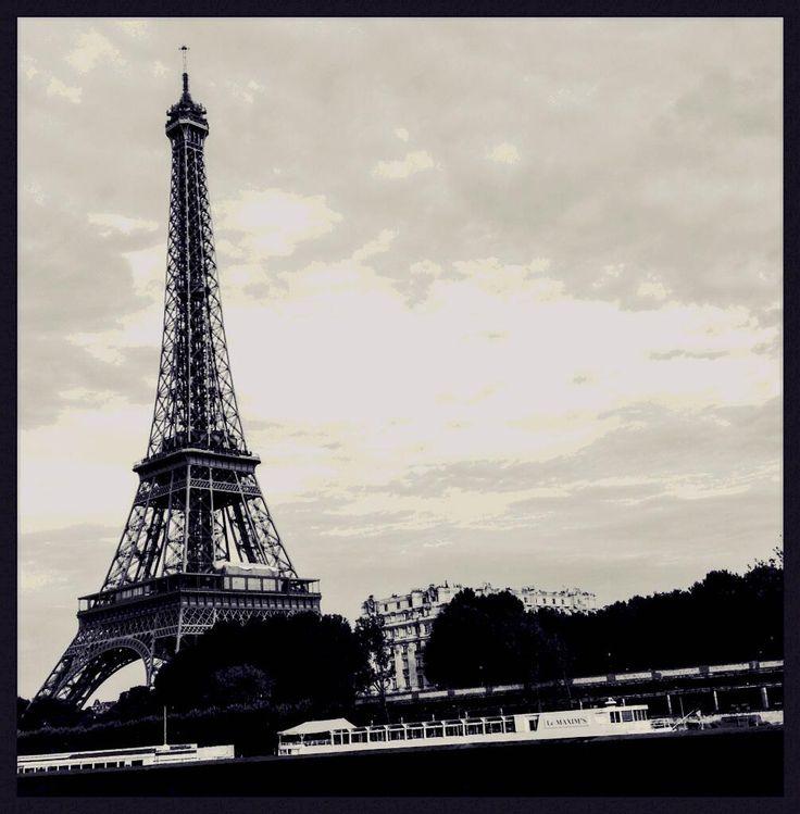 Twitter / nikosofficiel : Colors of Paris #paris, now ...