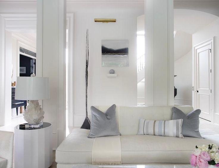 Best 25 Beige Bridesmaids Ideas On Pinterest: 25+ Best Ideas About Ivory Living Room On Pinterest