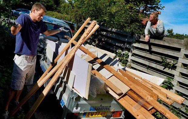 Naboskab er vigtigt, derfor er der god grund til at gøre en indsats for at redde naboskabet.  Foto: Tommy Verting