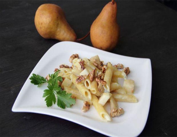 Penne mit Gorgonzola-Rahmsauce aus dem Dampfgarer