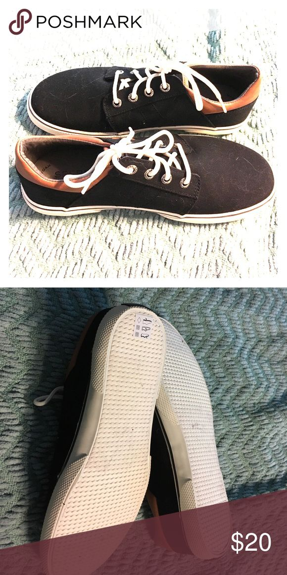 Black sperry sneakers, size 37 Black sperry sneakers, size 37. Only worn for trying on. sperry Shoes