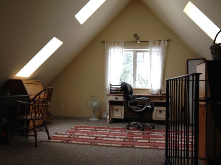Loft area toward desk.