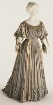 19th century TEA GOWN | 1906 Tea Gown Liberty & Co. Culture: English Medium: silk, lace