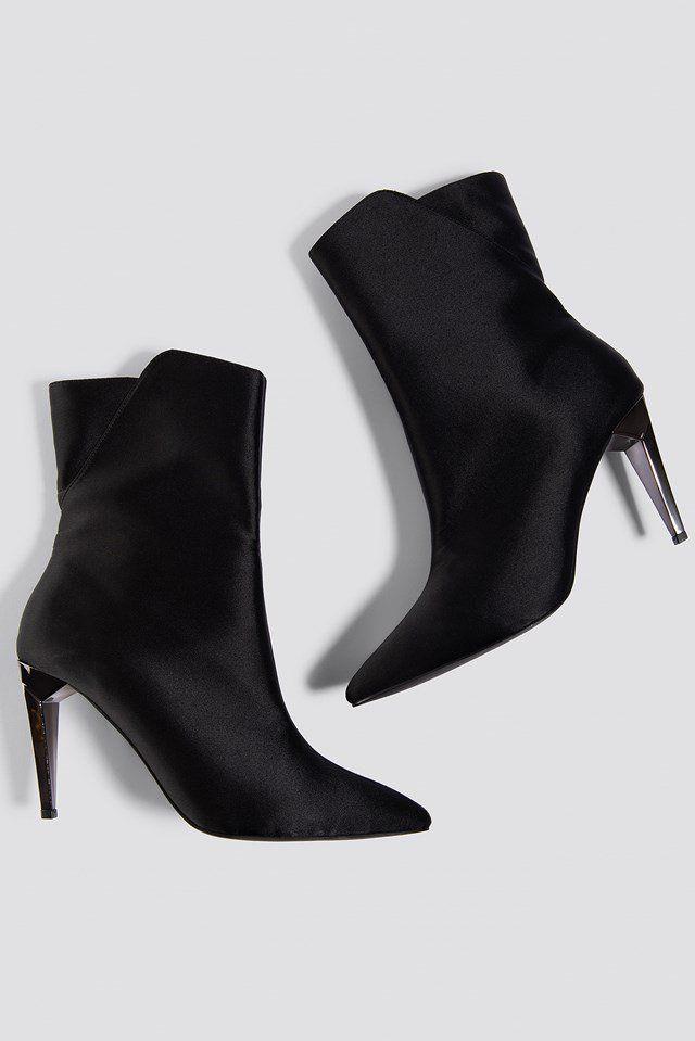 timeless design 317b7 05c84 Metallic Heel Satin Boots NA-KD.COM