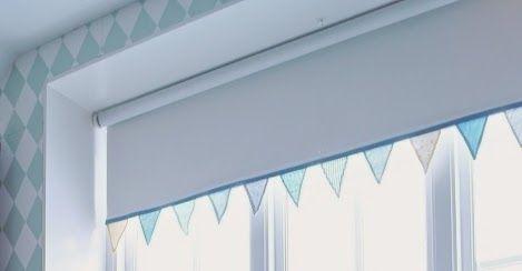 Pimpa en rullgardin!!  Farmhouse Friends - Barnmöbler | Inredning till barnrummet | Personliga doppresenter: DIY rullgardin med vimplar à la Jannice Wistrand/Simplicity