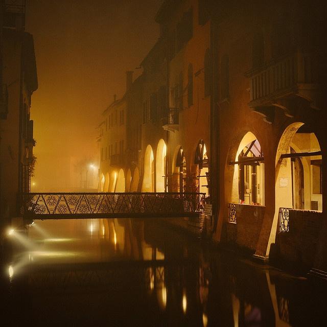 Treviso, canal dei Buranelli  by giancarlo rado