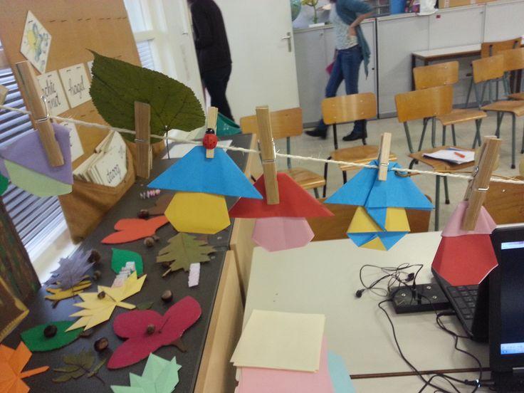 voorbeeldjes van de paddenstoelen gemaakt door de leerlingen.