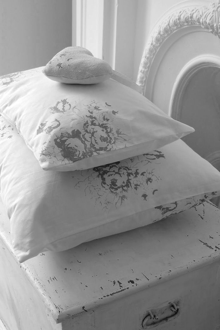 ~ muted fabric on pillows ~ Cabbages and Roses -- Do with iron-on image transfer???