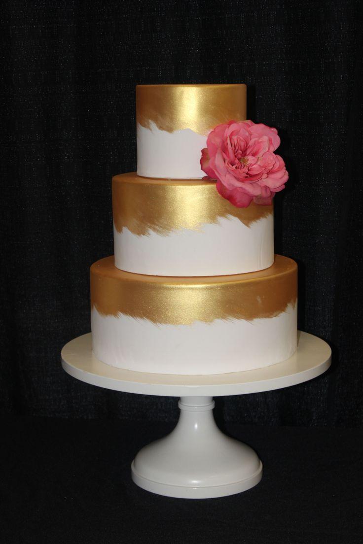 17 Best 1000 images about FunUnique Wedding Cakes on Pinterest Peach