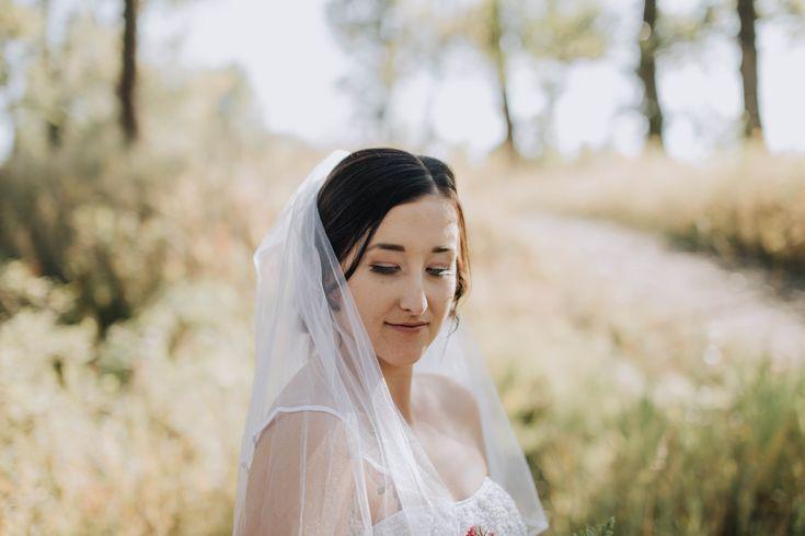 Gorgeous Fall Bridal Portraits #bridalportraits #fallbride #fallwedding #weddingphotography #weddingphotos