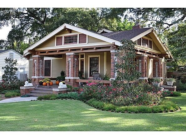 25 best ideas about craftsman style bungalow on pinterest craftsman style homes craftsman - Craftsman bungalow home exterior ...