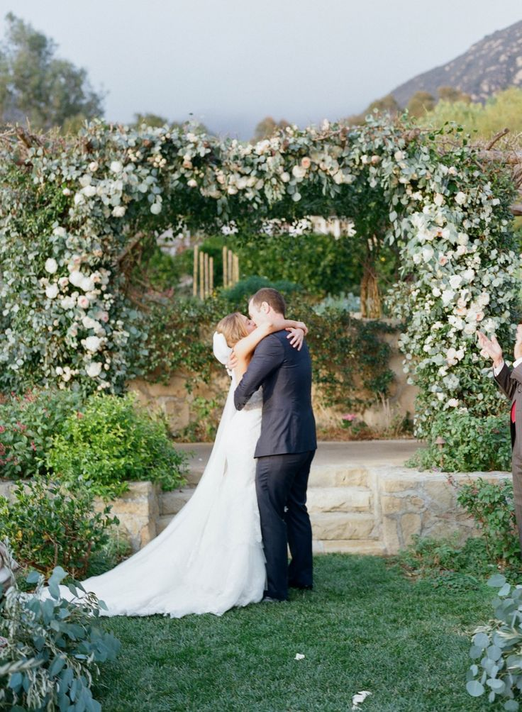 small intimate weddings southern california%0A A Timeless Wedding By Elizabeth Messina