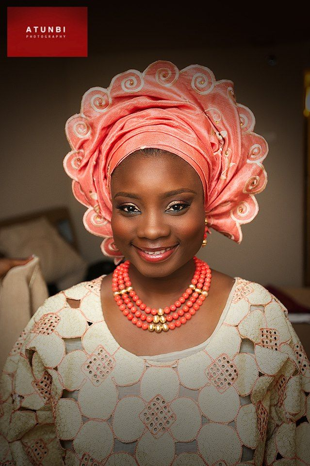 Nigerian bride, just love the pattern of that gele(head wrap).