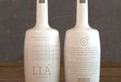 '' LIA ''Premium extra virgin olive oil -the Messenian bliss | Living Postcards - The new face of Greece