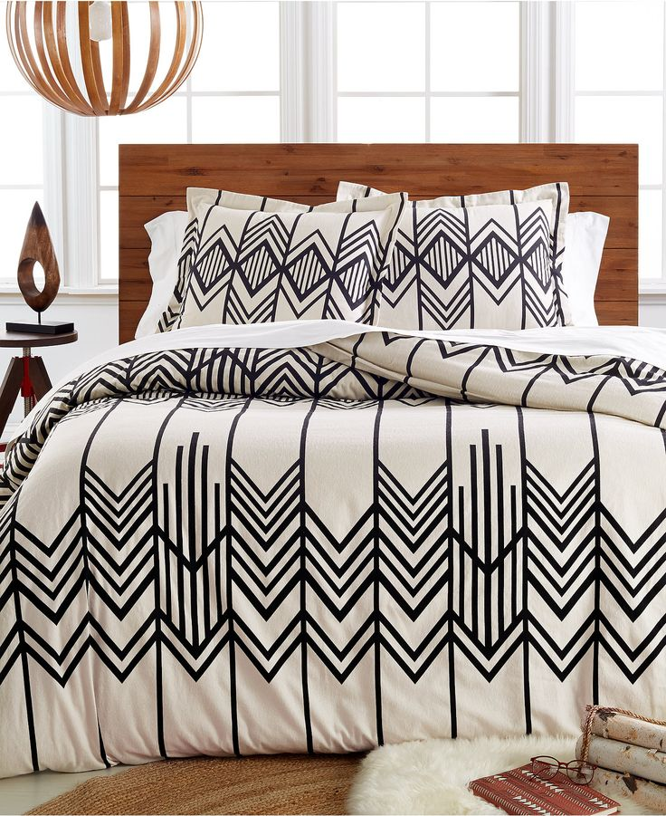 Southwest inspired geometric patterns make a modern impression on  Pendleton s Skywalker flannel duvet cover  An ivory ground sports bold  contrast designs. 17 Best ideas about Duvet Sets on Pinterest   Dip dye  Queen