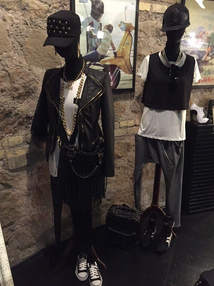 Due outfit sportivi e moderni di B come bellezza.  #Roma #fashion #shopping #borse