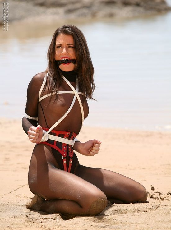 She Spread outdoors bondage