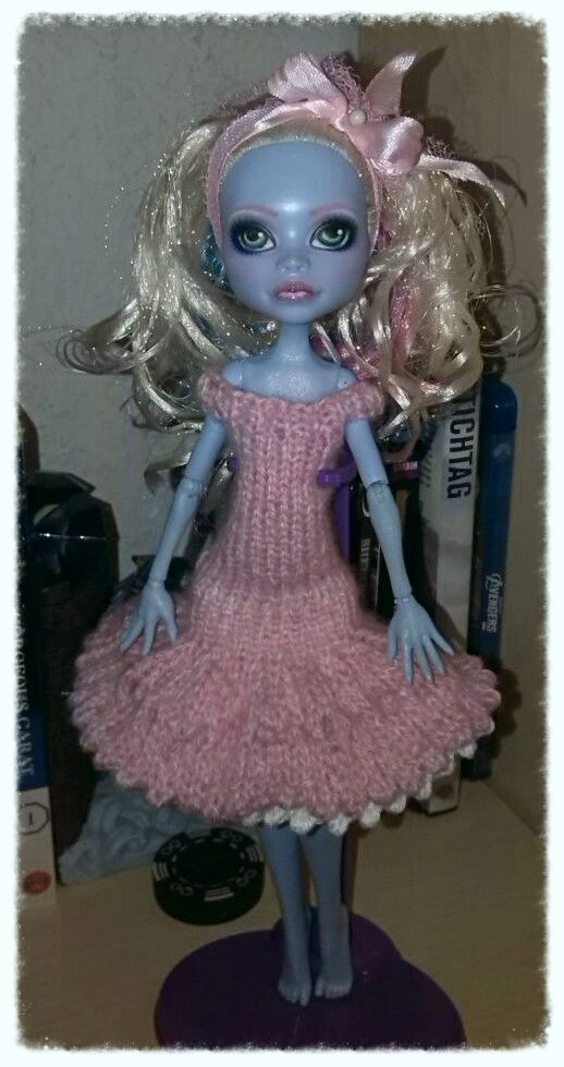 Knitting Patterns For Monster High Dolls : Dress with underskirt Knitting patterns, Knitting and Dresses