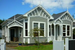 COST TO PAINT EXTERIOR OF HOUSE