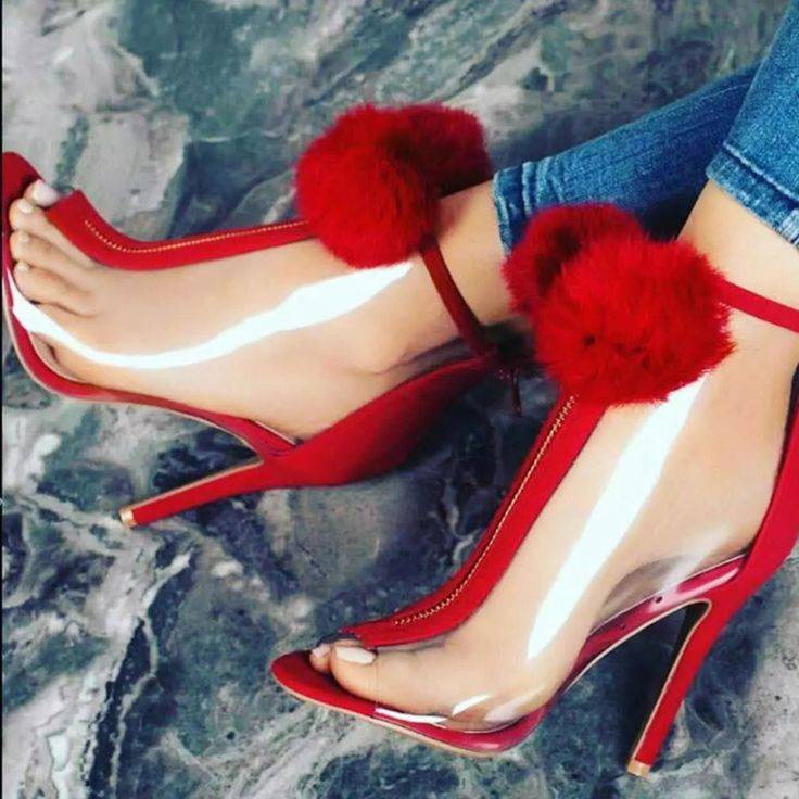Shoespie Gorgeous Color Block Pompom Accented Fashion Booties