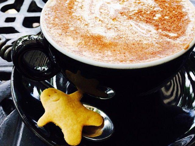 Itt a Starbucks-os mézeskalácsos latte receptje