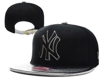Casquette NY New York Yankees MLB Snapback Noir Argent Casquette New Era Pas Cher