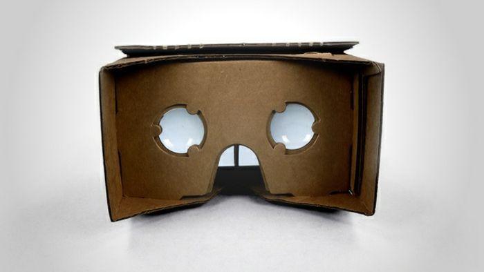 werfen sie einen blick auf diese vr brille, die aus pappe gebaut wurden   idee zum thema vr brille selber bauen