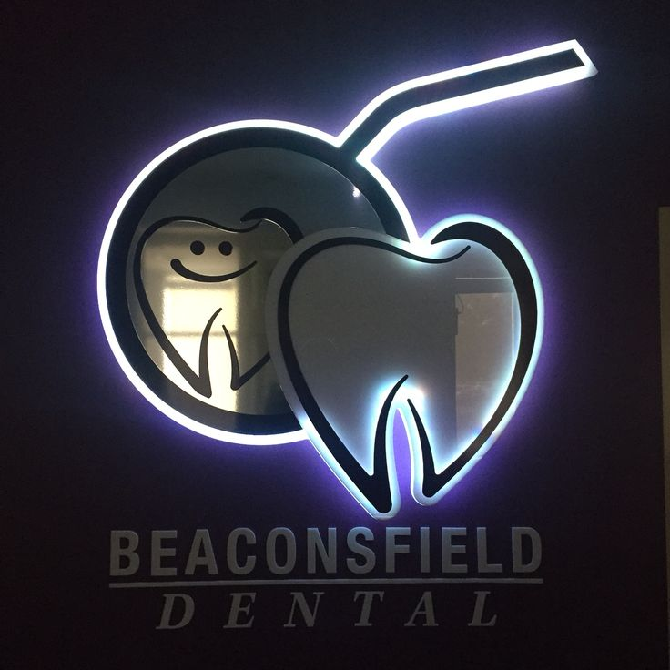 Beaconsfield Dental. LED strobing and flashing sign.